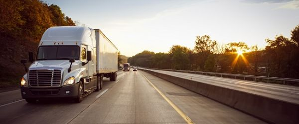 Quais as infrações mais cometidas por caminhoneiros e como evitá-las?